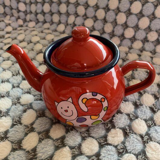 Meow Teapot Front